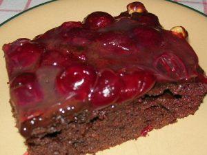 cikolatali-visneli-kek