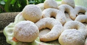 bademli-ay-kurabiye