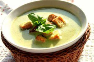 kremali-brokoli-corbasi