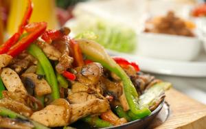 soya-soslu-patatesli-tavuk