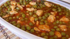 Tavuklu Bezelye Yemeği Tarifi- Sebze Yemekleri