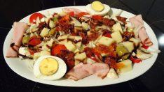 Balsamik Soslu Karışık Salata Tarifi – Salata Tarifleri