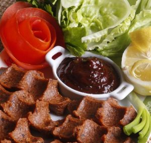 ev-yapimi-cig-kofte-sosu