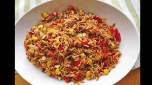 kolay-sehriye-salatasi-salata-tarifleri