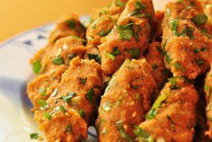 pratik-mercimek-koftesi-tarifi-salata-tarifleri