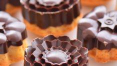 Çikolata Kaplı Kolay Kek Tarifi
