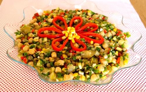 nohutlu-mercimekli-gun-salatasi-tarifi
