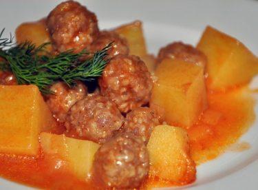 Patatesli Sulu Köfte Yemeği Tarifi