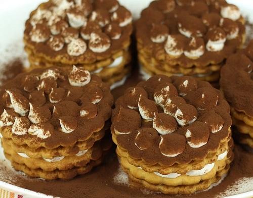 cokoprens-biskuvi-tiramisu-tarifi